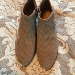 Lucky Brand Tan Suede Ankle Booties. Sz. 9